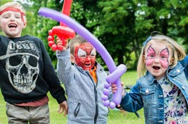 Face painter and balloon artist available in Carrigaline